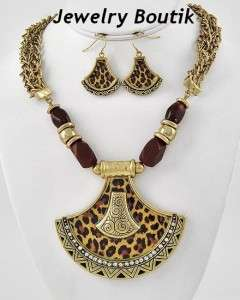 Antique Gold Wild Leopard Animal Print Jewelry Crystal Necklace