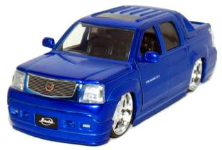 Jada 2002 Cadillac Escalade EXT 1/24 Scale (Blue)