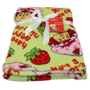 Strawberry Shortcake Baby Fleece Blanket Gift Set 30 X 40