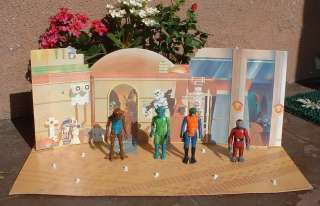 1977 Star Wars  Exclusive CANTINA Playset Snaggletooth & Figures