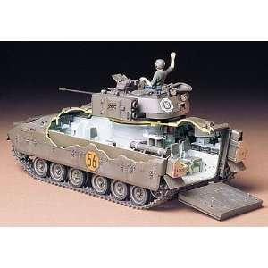 TAMIYA MODELS   1/35 US M2 Bradley Infantry Vehicle (Plastic Models)