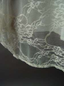 Romantic Victorian Antique Style Ivory Lace Vtg y Elegant Drape Party