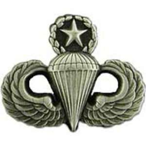 U.S. Army Master Paratrooper Pin 7/8 Arts, Crafts