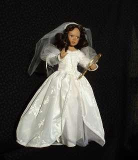 GALLERIES RAPUNZEL,SNOW WHITE BRIDE,CINDERELLA BRIDE,BEAUTY BRIDE