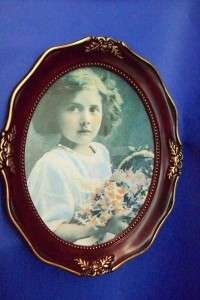 ANTIQUE OVAL SHAPED PHOTO FRAME 4  X 6 ROSEWOOD