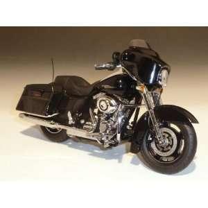 2011 Harley Davidson FLHX Street Glide Vivid Black 1/12 by