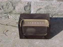 RCA VICTOR MODEL 2X61 RADIO