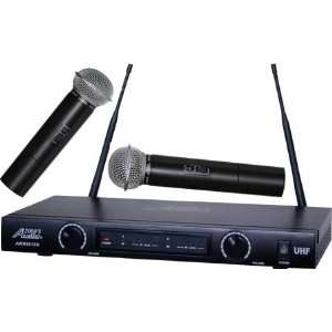Dual Channel Handheld Wireless Microphone System: Musical Instruments