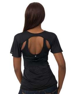 APPLE BOTTOMS FASHION DESIGNER TOP WITH RUCHED DETAIL