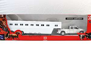 RAY DODGE RAM 3500 TRUCK SILVER FIFTH WHEEL HORSE TRAILER DIECAST 1/32