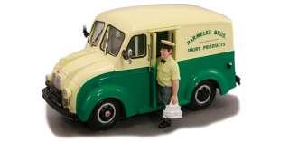 Bros. Dairy Milk Truck w/ Milkman & Carrier 143 Scale Diecast