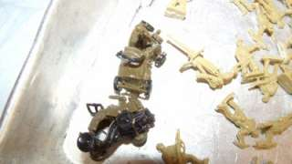 Marx Green Plastic Infantry Army Military Figure Lot & Cowboy Horse