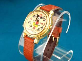 VINTAGE LORUS/SEIKO GLOWING MUSICAL MICKEY MOUSE WATCH