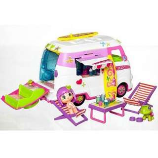 TOMY PINYPON CARAVAN CAMPER VAN WITH FASHION TOY CREW & ACCESSORIES