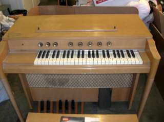 Vintage 1960s Thomas Electronic Organ Player Model G 1, 117V+Music