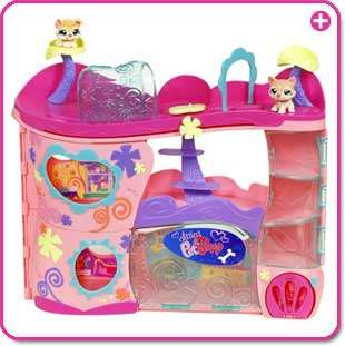 Littlest Pet Shop Pet Adoption Center Playset: Toys