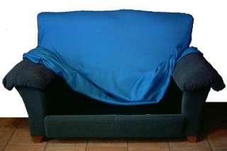 Empezar ajustando por la espalda de la estructura del sofá